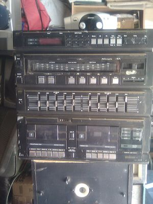 Stereo synthesizer.$15 for Sale in Fresno, CA