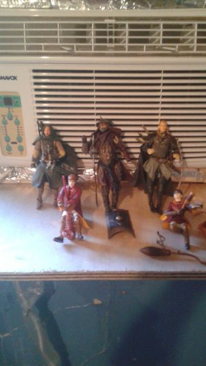 Action figures /lord of the rings for Sale in Detroit, MI