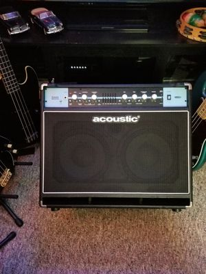 Acoustic B600c bass amp 600w for Sale in Portsmouth, VA