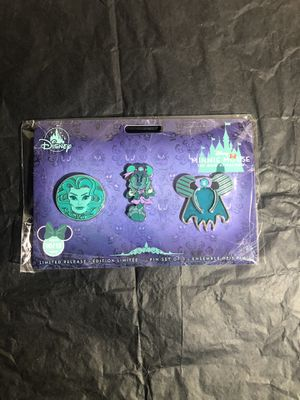Disney Minnie Main Attraction Haunted Mansion Pin for Sale in Artesia, CA