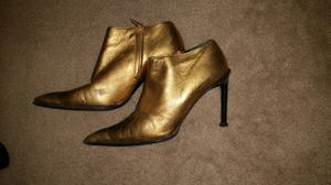 Designer leather boots in gold by Aldo, size 39 for Sale in North Bergen, NJ
