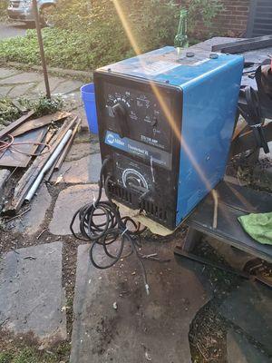 240 Miller welder for Sale in Forest Heights, MD