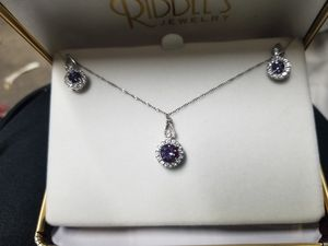 Alexandrite necklace and earnings for Sale in New Hradec, ND