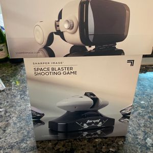 Bluetooth Vr Headset With Earphones &&space Blaster Shooting Game for Sale in Hemet, CA