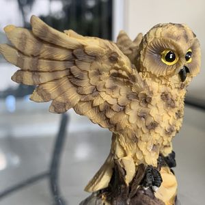"""vintage mini owl figurine Approx 2.5"""" x 3"""" In good condition for Sale in Hobe Sound, FL"""