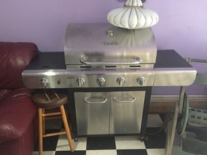 Char-broil BBQ Grill for Sale in Philadelphia, PA