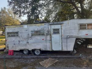 5th wheel/ATV hauler and more for Sale in Alafaya, FL
