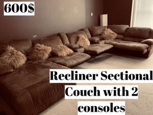 Recliner couch with two consoles for Sale in Alpharetta, GA