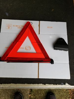 Audi safety warning triangle for Sale in Montgomery, AL