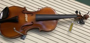 Brown Killing Brand Violin with case for Sale in Jackson, MS