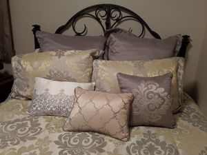 Comforter set for Sale in Lathrop, MO