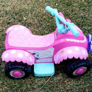 Minnie Mouse Electric Quad for Sale in Whittier, CA
