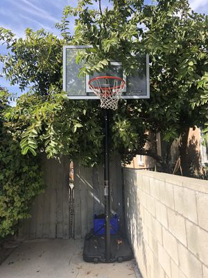 Lifetime Basketball Hoop for Sale in South Gate, CA