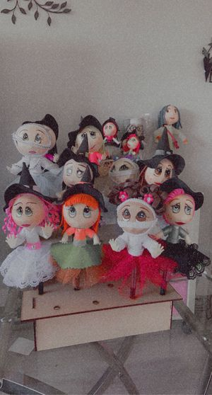 Witches🧙🏼♀️ and mummy's pens dolls ; $10 each for Sale in Montclair, CA