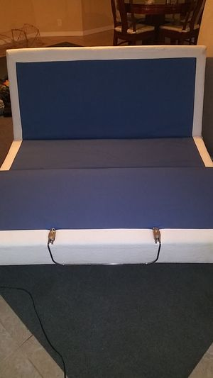 Electric reclining box bed frame for Sale in Aiea, HI