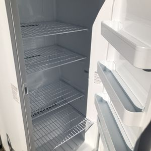 New Upright Freezer 17 Cubic Feet for Sale in San Leandro, CA