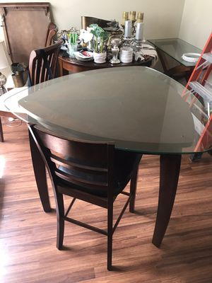 Breakfast Table w/ 3 chairs for Sale in Homestead, FL