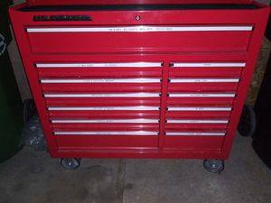 Toolbox us General. With keys for Sale in Los Angeles, CA
