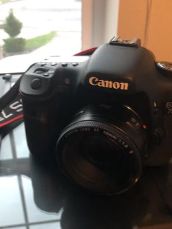 Canon EOS 7D DSLR With Lens And CF Card for Sale in Elma,  WA