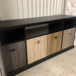 TV Stand Entertaiment Shelve Storage for Sale in Seattle,  WA