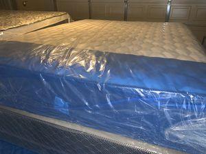 New queen memory foam set $$270 for Sale in Las Vegas, NV