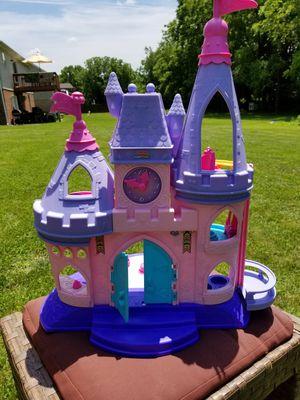 Disney Clip Clops Castle, with characters for Sale in Harrisonburg, VA