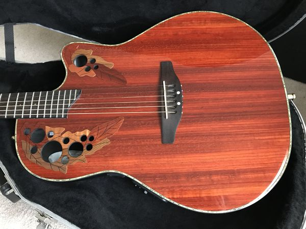 Acoustic-Electric Guitar Ovation Celebrity Deluxe