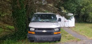 Chevy express 35000 , 04, for Sale in Wilmington, DE