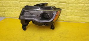 2017 - 2019 GRAND CHEROKEE LEFT HEADLIGHT DRIVER SIDE HID XENON GENUINE USED OEM .D43 for Sale in Compton, CA