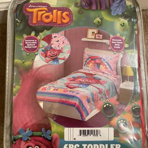 Toddler Bed Set (Trolls) for Sale in Austell, GA