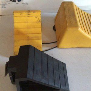 RV Equipment /Assorted Chock Set for Sale in Pompano Beach, FL
