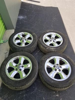 Rims 16 cadillac 5 lugs 110 mm for Sale in Davie, FL
