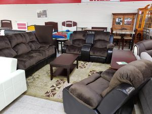 Living Room for Sale in Marysville, WA