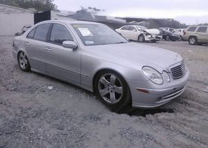Mercedes W211, E500, 2005. For parts only. for Sale in Clearwater, FL
