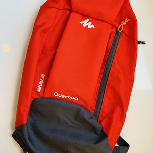 Compact Decathalon Quechua Arpenaz 10 L Backpack for Sale in Apopka, FL