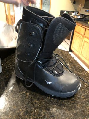 Snow boarding boots for Sale in Corona, CA