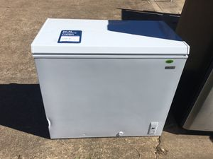 7 cu ft chest freezer on sale for Sale in Pasadena, TX