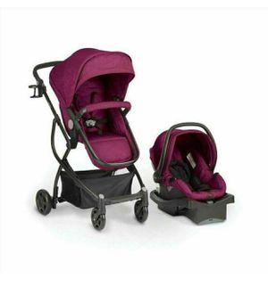 3 in 1 stroller sitting bassinet for Sale in Auburn, WA