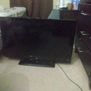 Westinghouse LED Tv $100. No Remote for Sale in Reston, VA