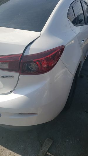 2015 Mazda 3 4dr sedan ......parts.....6speed for Sale in Lynwood, CA