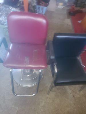 Barber & shampoo chair for Sale in Willingboro, NJ