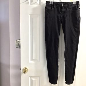 VANS Extremely Skinny Black Jeans Size 7 for Sale in Hampton, VA