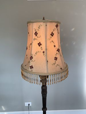 Floor lamp for Sale in Downers Grove, IL