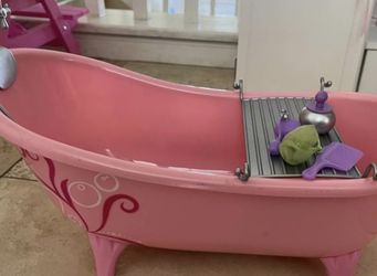 Our Generation Doll Bathtub.... Like New Condition! for Sale in Denair,  CA