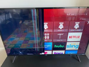 TCL 49S325 49 inch 1080p Roku Tv (Cracked Screen) for Sale in Falls Church, VA