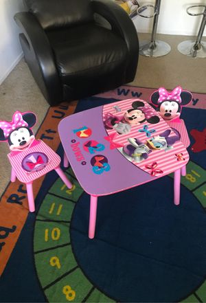 Minnie Mouse Table w chairs for Sale in Torrance, CA