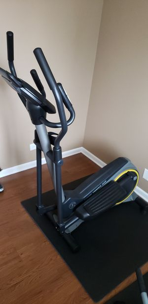 Gold's Gym Elliptical for Sale in Naperville, IL