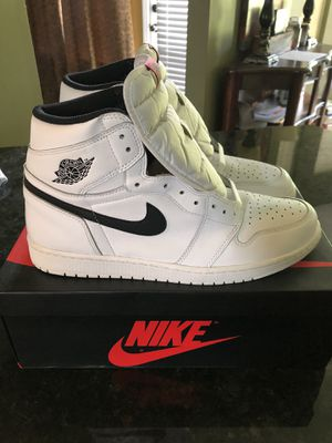 Air Jordan 1 Retro/ White Size 13 for Sale in Southaven, MS