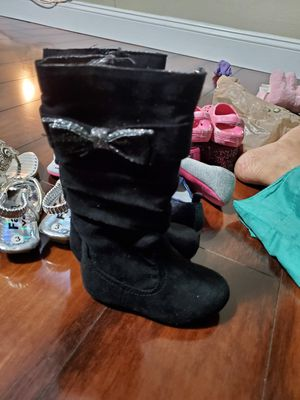 Baby girl toddler infant size 5 fancy boots for Sale in Miramar, FL