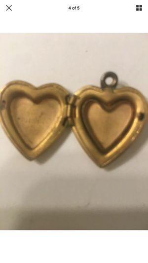 Gold filled harts locker pendant for Sale in Las Vegas, NV